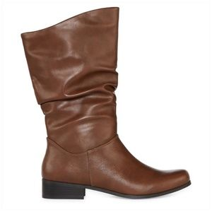 East 5th Brown Slouch Heeled Boots Size 5.5M NEW